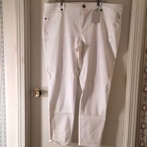 White jeggings! Brand new!